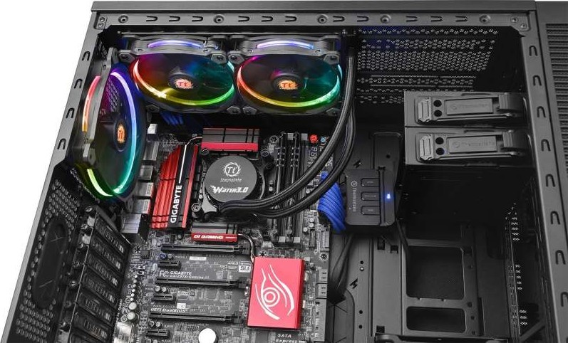 Thermaltake Water 3 0 Dual Riing Rgb High Static Pressure
